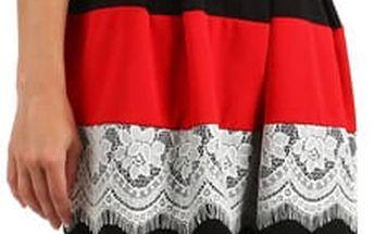 Šaty se skládanou sukní a vrstvou krajky červená