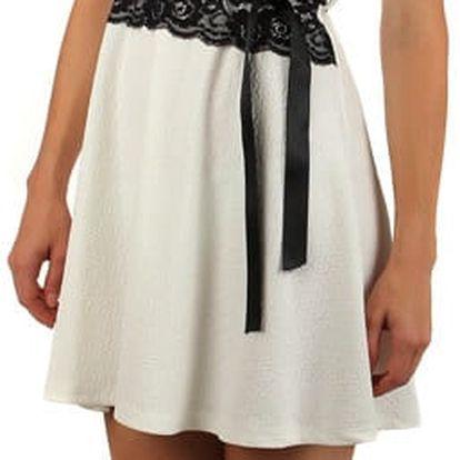 Barevné šaty s krajkou a páskem v pase bílá