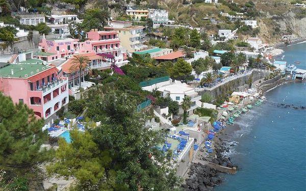 Itálie, Ischia, letecky na 8 dní s plnou penzí