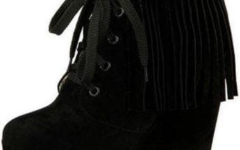 Dámské boty s třásněmi - 3 barvy