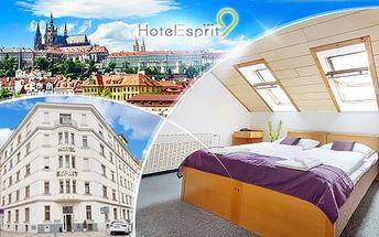 Romantický pobyt na 3 nebo 4 dny pro dva v Hotelu Esprit 9*** Praha se snídaněmi a sektem