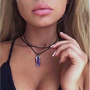 Koženkový náhrdelník s polodrahokamem Mystic