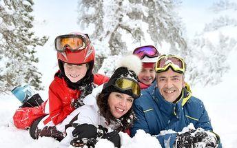 Rodinná zimní dovolená v Jizerských horách. 1 dítě a 1 den navíc zdarma.