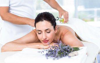 Hodinová regenerační levandulová masáž zad a plosek nohou v plzeňském salonu Miruš