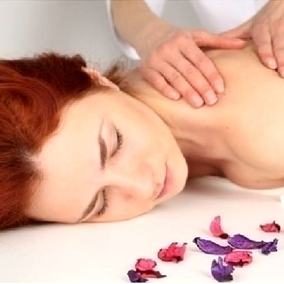 Čtyřruční energizující a léčivá Tantrická masáž pro Ženy - Neintimní