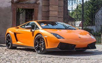 Jízda v luxusním supersportu a vy jste řidič!