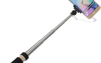 Selfie tyč se spouští na rukojeti