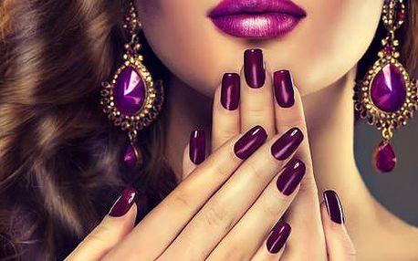 Nová gelová modeláž nehtů nebo manikúra s lakováním v Salonu Beauty