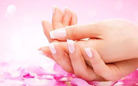 77% sleva na kompletní modeláž nehtů v Salonu Swan