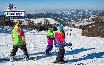 Sezónní skipas do Snowparadise Velká Rača Oščadnica pro 1 osobu + 1 dítě do 9,99 let zdarma