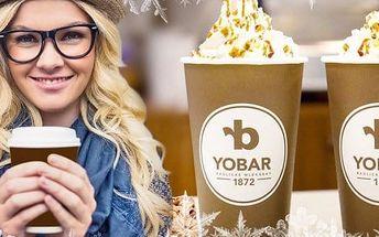 Voňavé perníkové latte se šlehačkou z Yobaru