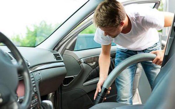 Tepování interiéru auta a jako bonus ošetření pneumatik3