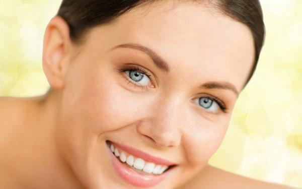 Relaxační baňková masáž. Příznivě ovlivní také funkci vnitřních orgánů a lymfatického systému.