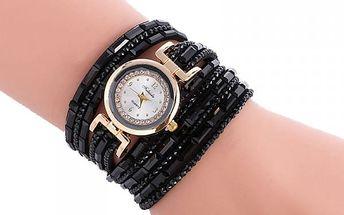 Vícevrstvé hodinky v několika atraktivních barvách
