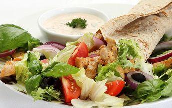 Zdravá pochoutka a čerstvý fresh ze Salad Baru