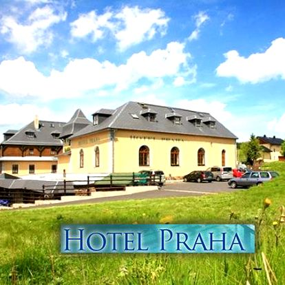 Relaxační pobyt pro dva v hotelu Praha Boží Dar s polopenzí, bazén neomezeně, vířivka, sauna.