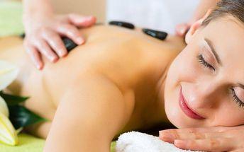 Uvolňující masáž a prohřátí lávovými kameny