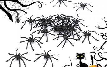 Sada černých pavouků