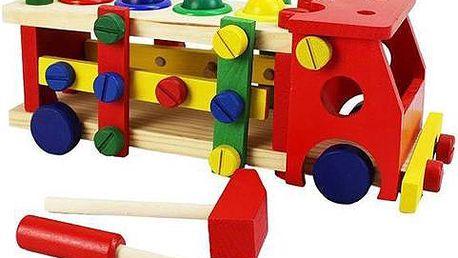 Dřevěné hračky pro kluky, ale i pro holčičky, vláčkodráhy, autodráhy, zatloukadla.