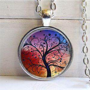 Řetízek s přívěskem Strom života v akci