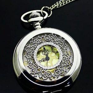 Kapesní hodinky se zlatavým podkladem - dodání do 2 dnů