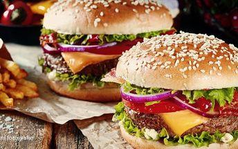 Burgery s hranolkama pro dva až čtyři jedlíky