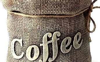 Krásná vonná svíčka káva. Dekorační svíčka ideální pro milovníky kávy a její úžasné vůně.