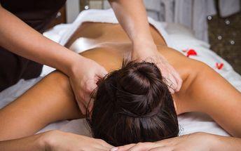 Hodinová thajská masáž dle výběru a aroma lázeň