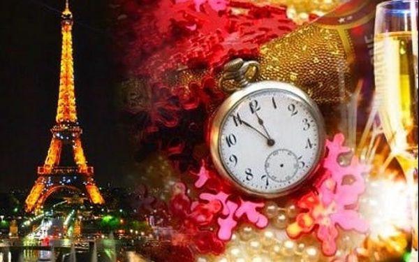 Užijte si Silvestr v Paříži. Ubytování, doprava, průvodce + sekt pro pár