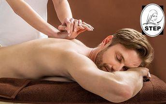 60minutová masáž zad dle výběru ve studiu Step v Praze
