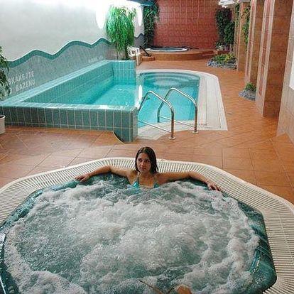 3 wellness dny, Hotel Synot*** pro 2 osoby. Polopenze, vířivka a bazén. Pouze o všední dny