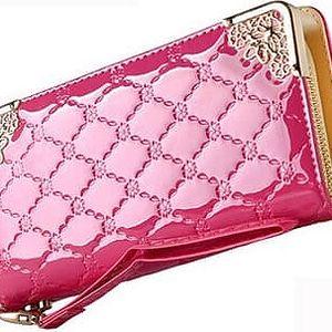 Dámská peněženka s lesklým designem a zdobením