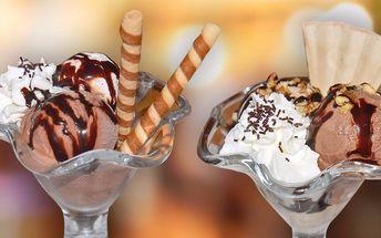 Zmrzlinový pohár a vstup na rozhlednu