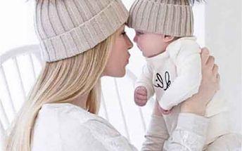 Dva teplé kulichy pro mámu a dítě