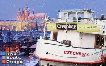 Hodinová adventní plavba centrem Prahy s hudbou, svařákem a cukrovím