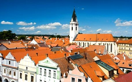 3–6denní pobyt pro 2 s polopenzí a vstupy do lázní v Třeboni v hotelu Galerie Třeboň