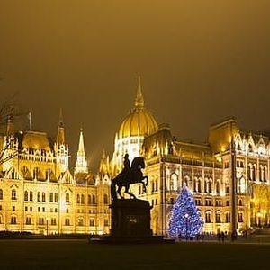 Vánoční trhy v Budapešti s možností návštěvy termálních lázní