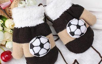 Chlapecké rukavice pro malé fotbalisty