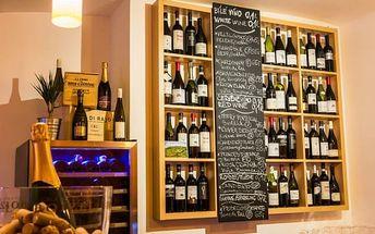 Tapas talíř: 200 g vybraných španělských delikates + láhev kvalitního vína v centru Prahy