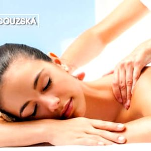 Klasická rehabilitační nebo lymfatická masáž či masáž anticelulitidním přístrojem (30-60 min.)