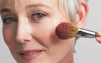 Kurzy masáží na dva dny: relaxační masáž zad a rukou nebo kosmetická masáž a líčení