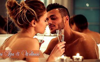 Romantika ve wellness: privátní vířivka a infrasauna pro dva až na 130 minut v Kobylisích
