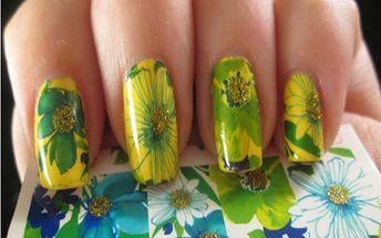 Nalepovací ozdoby na nehty s květinový potiskem - více variant