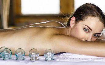 Baňkování proti bolesti a napětí svalů