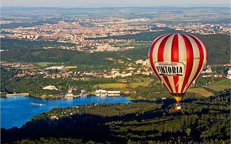Let historickým balónem na jižní Moravě
