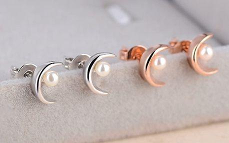 Náušnice v podobě měsíce s umělou perličkou