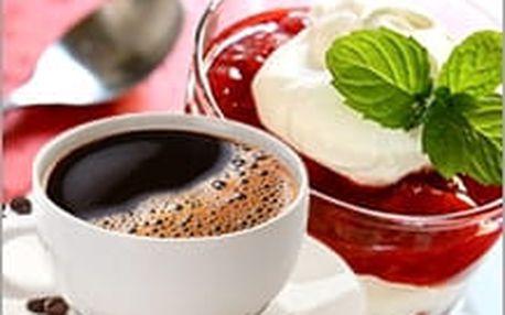 Horké maliny, káva nebo čaj dle výběru v kavárně Cafe Star v Luhačovicích jen za 79 Kč! Užijte si to!