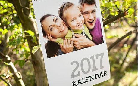 Jedinečný kalendář z Vašich fotografií. Dárek, který potěší každý den.