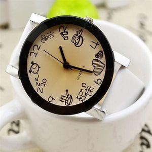 Veselé dívčí hodinky s originálním ciferníkem