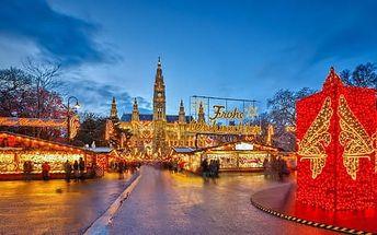 Vyhlášené adventní trhy ve Vídni s prohlídkou historického středu města s průvodcem